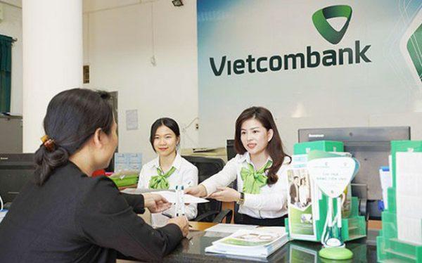 Vietcombank giảm 5% số tiền lãi phải trả ngân hàng